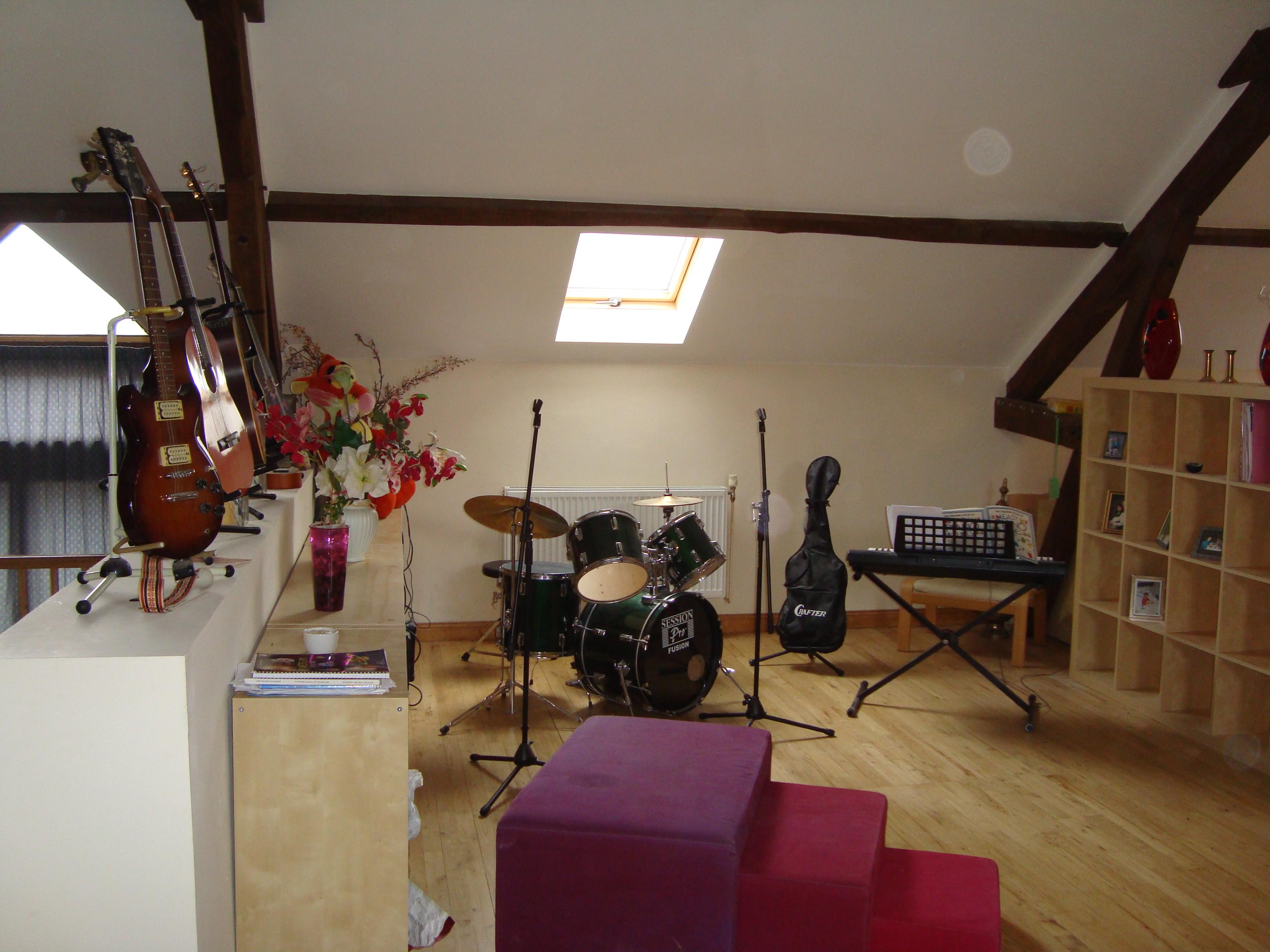 Music Living Room Living Room Music 1jpg